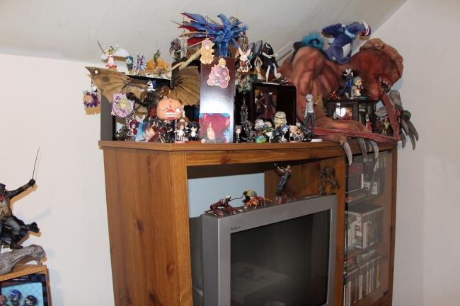 クリスティーンさんのコレクション一部:好きなキャラクターで埋め尽くされているお部屋