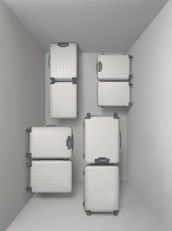 f717e00ee6 2015年より販売をしているプロテカの旗艦モデル「360」シリーズは、開けるシーンによってタテにもヨコにも開閉可能な独創的なスーツケースです。