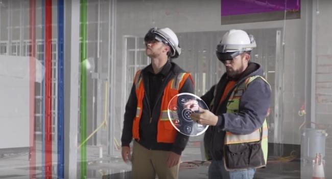 施工現場でのTrimble Connect for HoloLens活用シーン