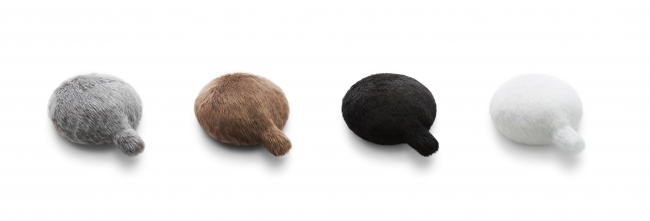 Petit Qoobo_柔らかい色合いの、グリ(灰)、マロン(茶)、ノワール(黒)、ブラン(白) の4色