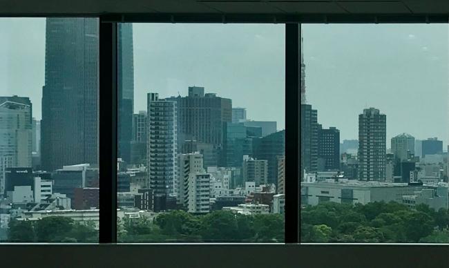 オフィス中層階からの眺望イメージ