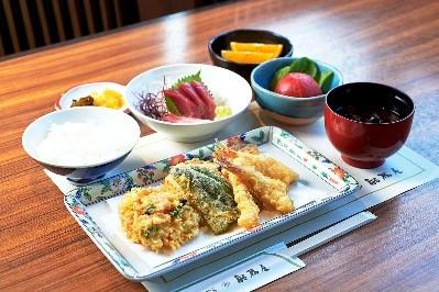 天ぷら船橋屋               「お楽しみランチコース」