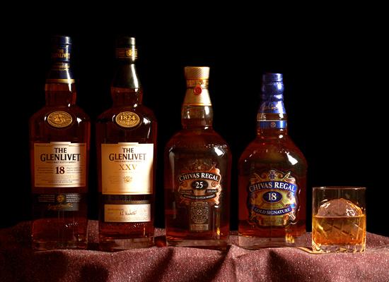スコッチウイスキー2種類の銘柄ボトルフェアを開催