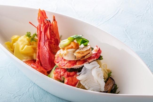 Premium冷麺-スペイン産スカーレットシュリンプ入り 海鮮海老ワンタン冷麺