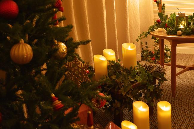 クリスマスツリー&キャンドルイメージ