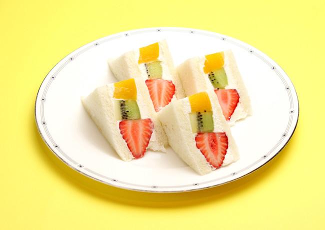 ミックスフルーツ サンド ¥1,180