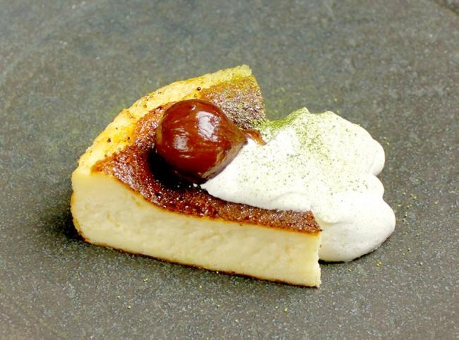 焦がし黒糖抹茶と渋皮栗の バスクチーズケーキ ¥650