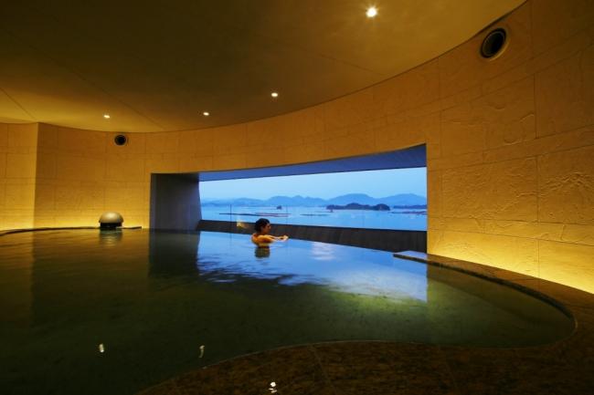 温泉サロン ROYAL SPA