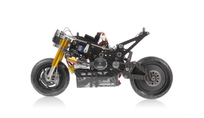 画像2: HONDA RC213-Vを忠実に再現した、最新電動RCバイクのおもちゃの予約販売開始。先着100名様限定でライダーフィギュア&充電器 プレゼント!【本日の敏感】