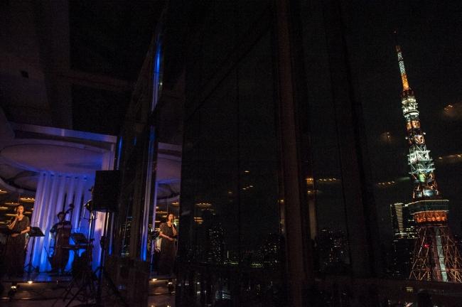 最上階チャペル(スカイチャペル)でのライブの模様