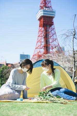 ピクニックを楽しむ様子 イメージ