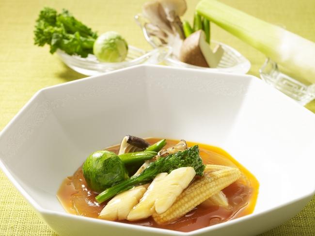 「八種野菜の酸味と辛味の酸辣煮込みあんかけ」