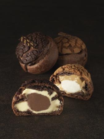 左:ショコラ 右:ヘーゼルナッツ