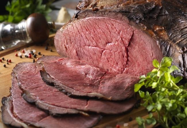 アンガス牛モモ肉のローストビーフ