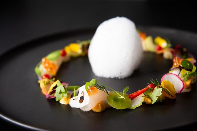 料理イメージ-縞鯵のマリネ