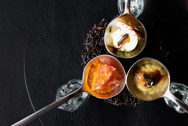 料理イメージ-3種のワンスプーンアミューズ