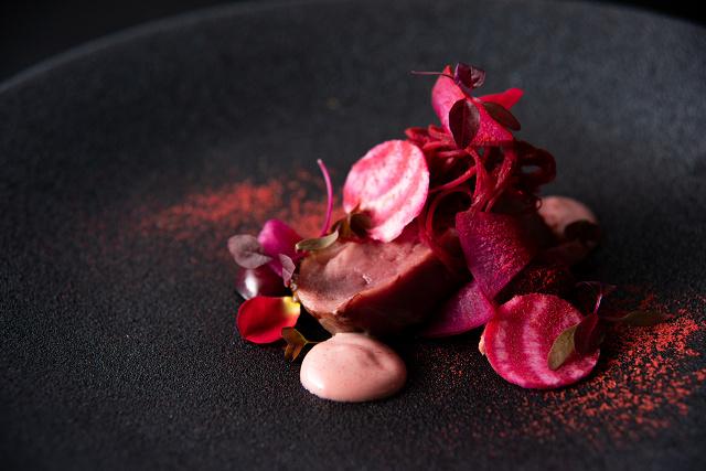 料理イメージ-ビュルゴー社シャラン鴨胸肉のロティ