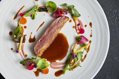 ビュルゴー社シャラン鴨胸肉のロティ イメージ