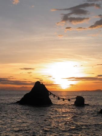 夫婦岩イメージ(提供:三重県観光連盟)