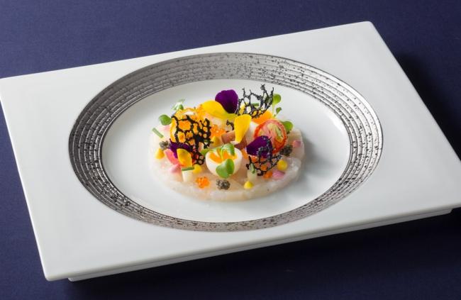 いろいろな味と食感で キャビア・魚介類・トマトのマリアージュ(イメージ)