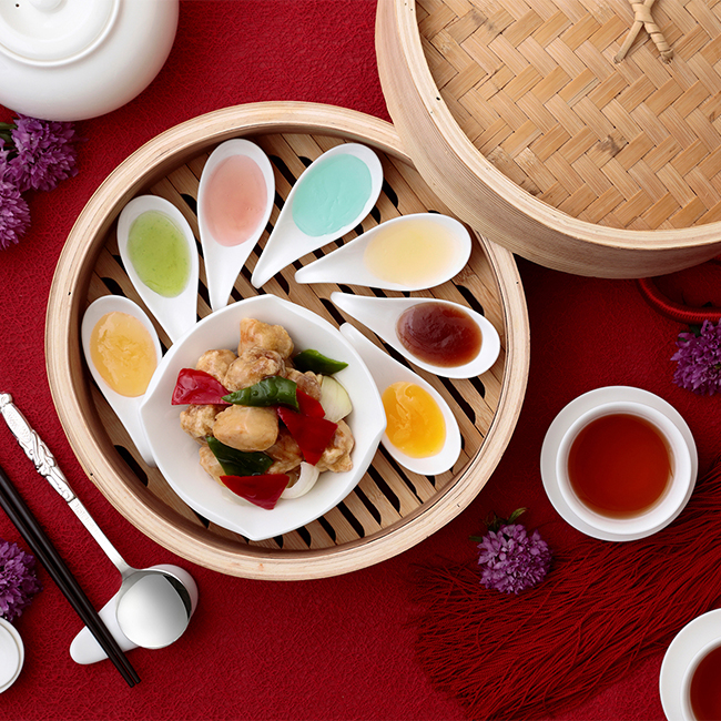 中国料理 皇家龍鳳「虹色酢豚」