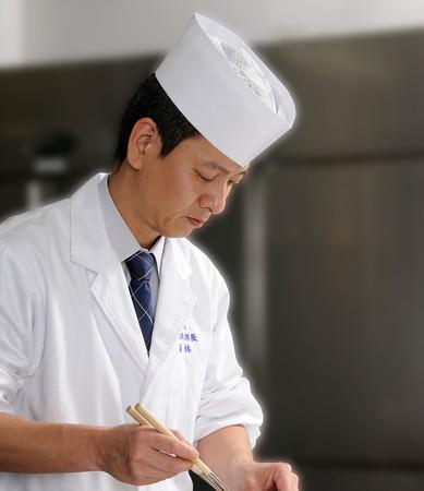 料理長 若林 泰男