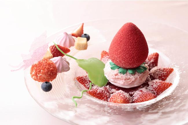 「Strawberry dressed strawberry(ストロベリー ドレスド ストロベリー」は予定通り2月1日から販売中