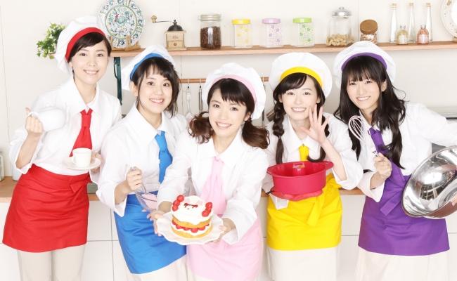 (左から)森なな子、村中知、美山加恋、福原遥、藤田咲