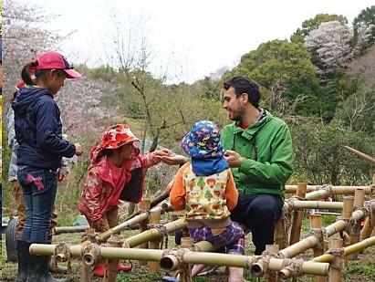 ▲自然体験を通じた英語教育「Awaji Kids Garden」