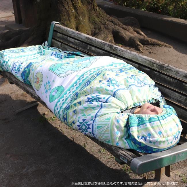 寝袋としても使用できるので楽しいキャンプライフのお供に最適!