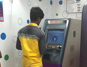 インドステイト銀行で稼働中の「ATM-Recycler G8」