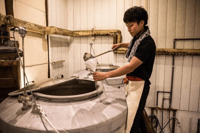WAKAZE醸造責任者兼パリ酒蔵にて杜氏を務める今井翔也