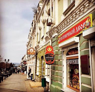 「2時間で行けるヨーロッパ」で注目されているウラジオストク。街並みもオシャレ。 @vladiostok_mania
