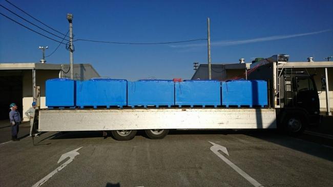魚活ボックスによる輸送の様子(大型車で、大量に輸送することも可能)