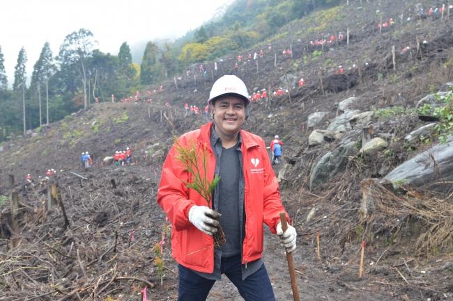 過去最大規模、コカ・コーラシステム社員総勢320名による森林保全活動を実施初参加となった日本コカ・コーラ株式会社