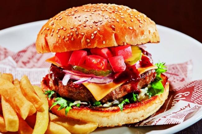 ビーフ100%肉汁ガストバーガー