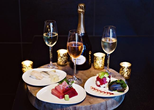 寿司とシャンパンのガラ ラウンジメニュー