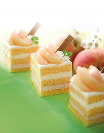 フレッシュ桃のショートケーキ