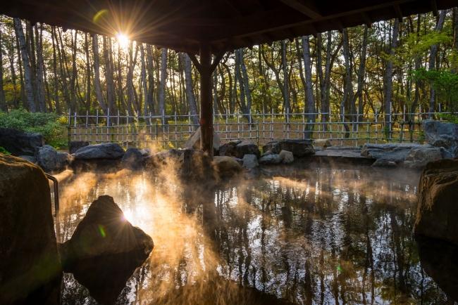 奥の湯「月読(つくよみ)」の露天風呂