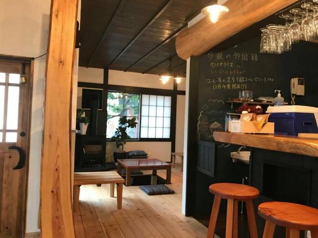 薪まきカフェ