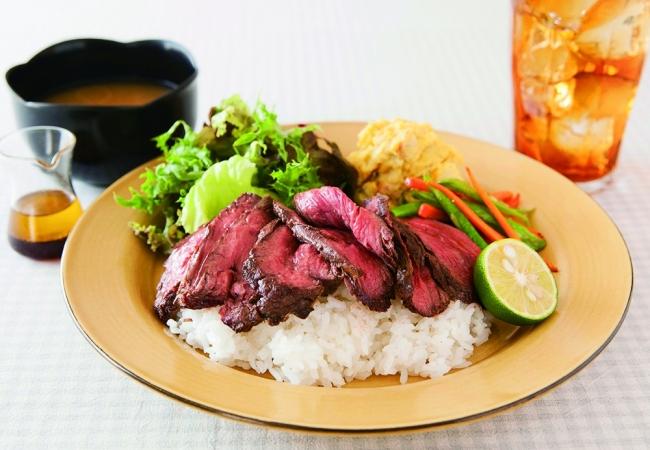 ゆとりの空間「1日10食限定 牛肉のミディアムローストご飯」1,620円