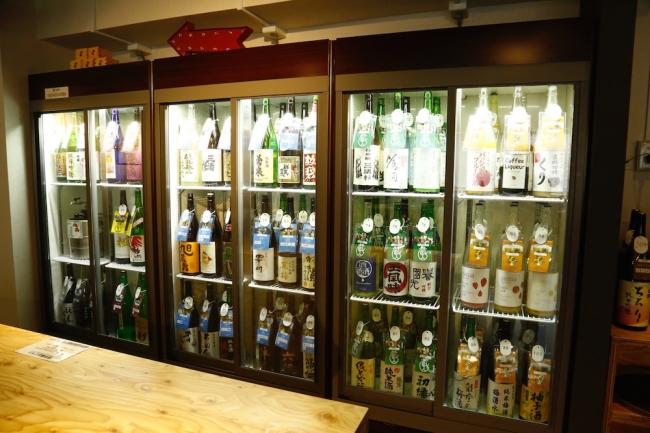 日本酒100種飲み比べ