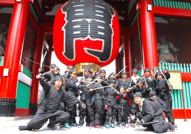 定期的に浅草をJACKしてきた漆黒の忍者集団