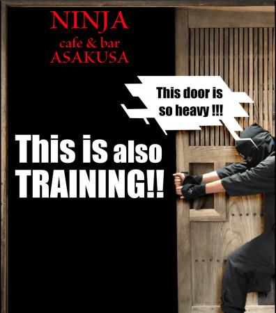 当店、扉が重いのでご注意ください・・・