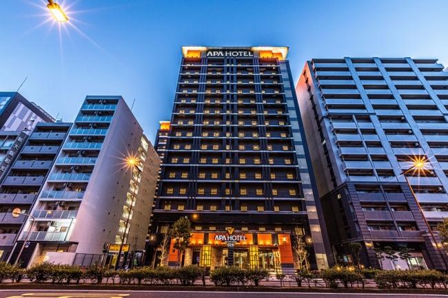 アパホテル〈新大阪駅前〉外観
