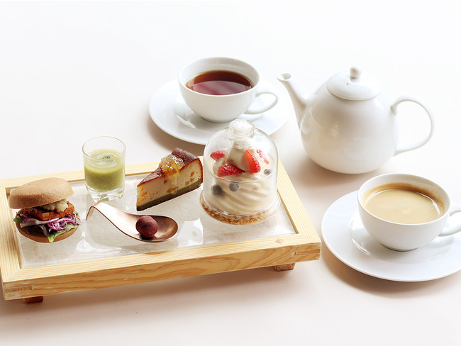 Beauty Sweets Afternoon Tea Plate Set