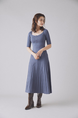 LIMITED COLORラメニットワンピース¥11,880-
