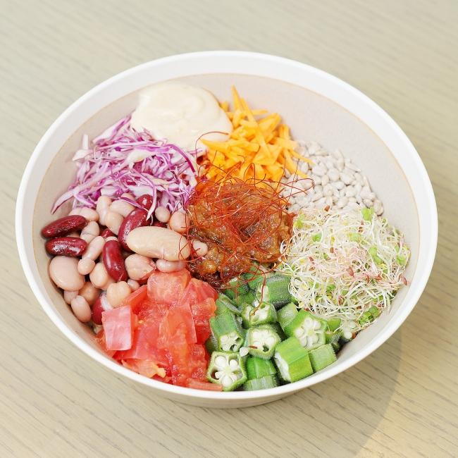 VEGAN肉味噌のコブサラダライスボウル 1,180円(税抜)