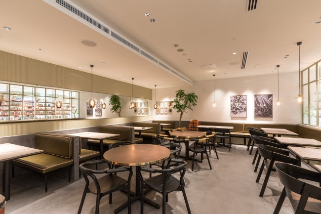 Cosme Kitchen Adaptation表参道ヒルズ店