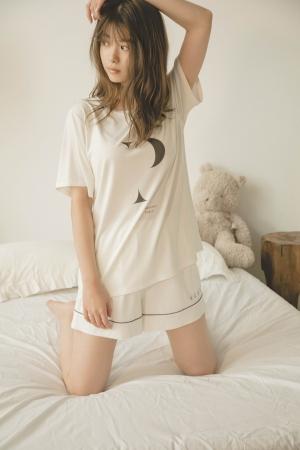 イニシャルロゴレーヨンTシャツ 4000+tax, イニシャルロゴレーヨンショートパンツ 4200 +tax